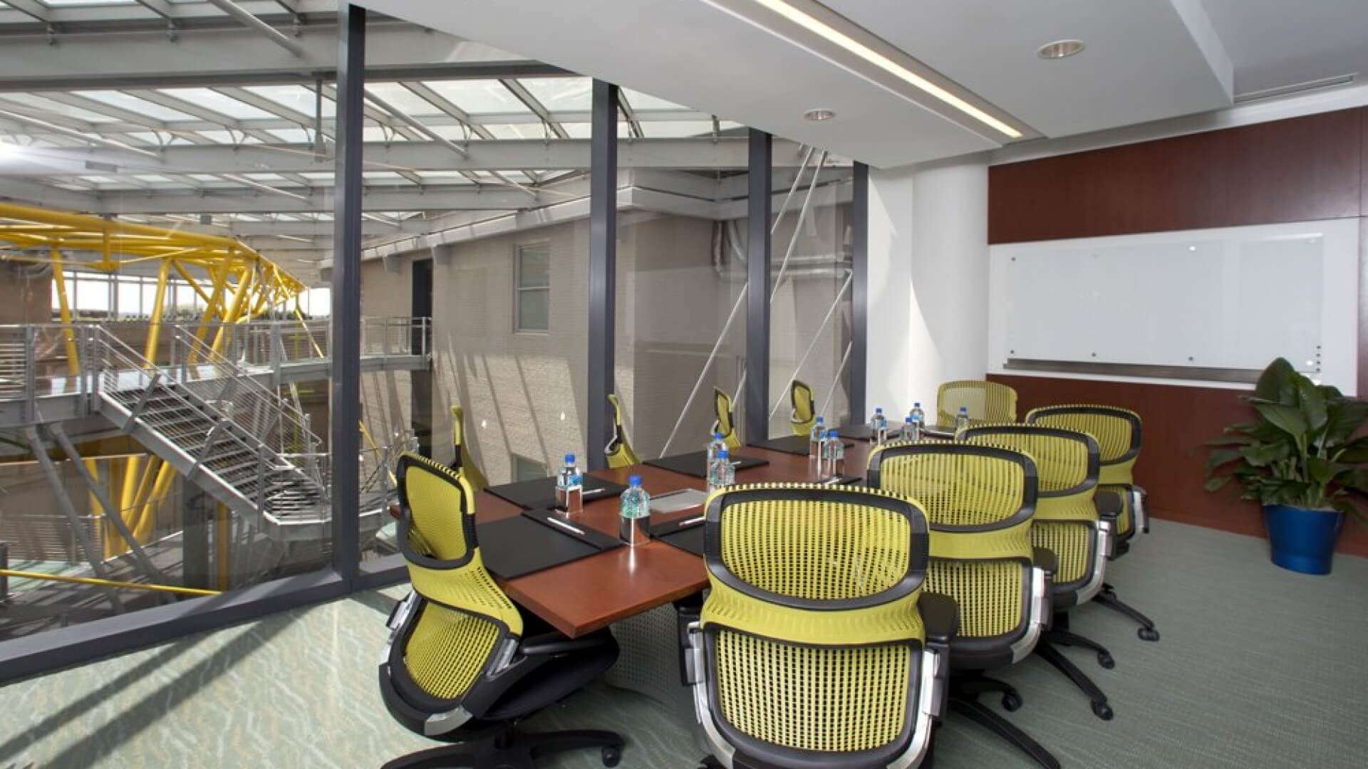 carr workplaces 1325 g street coworking and shared office space washington. Black Bedroom Furniture Sets. Home Design Ideas